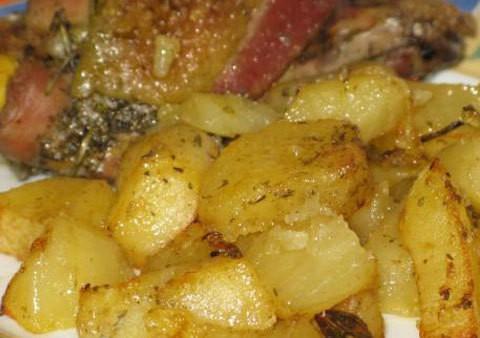 Pollo al forno con patate – ricetta