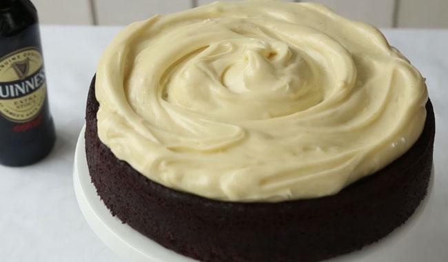 Guinness cake al cioccolato – ricetta dolce