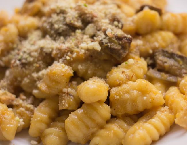 Gnocchi alla zucca con funghi – ricetta