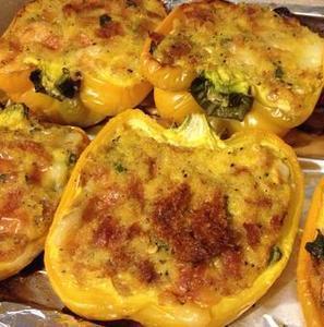 ricetta peperoni ripieni con uovo senza carne