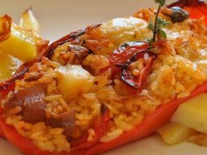 ricetta peperoni ripieni di riso al forno