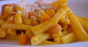 pasta crema di zucca e salsiccia ricetta