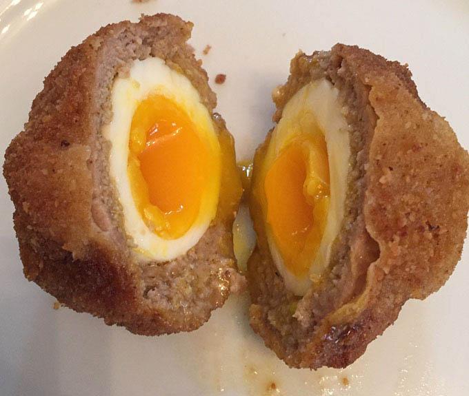 Polpette con uovo sodo per Pasqua